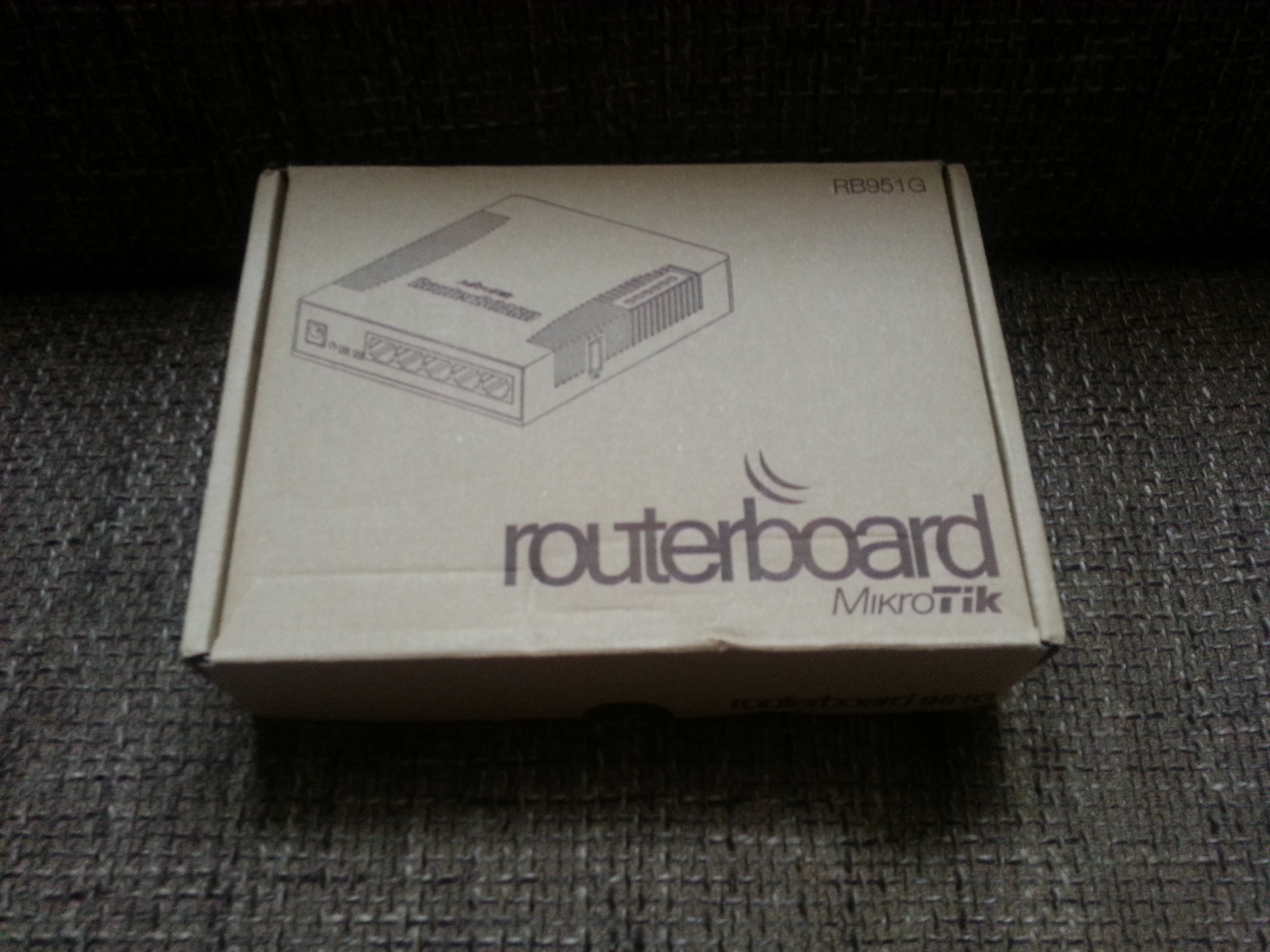 Nowy Domowy Router Mikrotik Rb951g 2hnd Img 20140823 171707